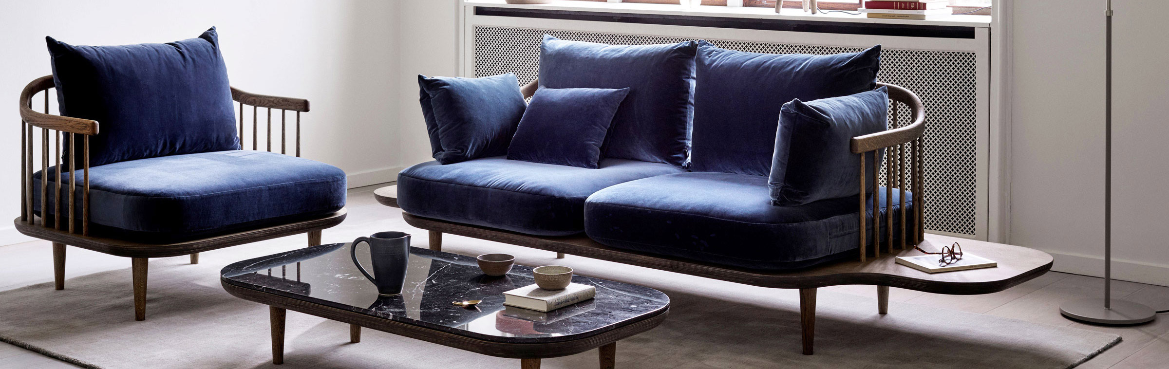 Blauwe Design Bank.Frederike